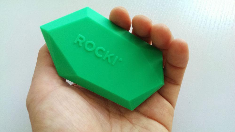 ROCKI-in-handsmall